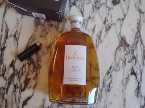 thesophisticatedcollector-wordpress-com-hennessy-fine-de-cognac-1l-2.jpg