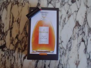 thesophisticatedcollector-wordpress-com-hennessy-fine-de-cognac-1l.jpg