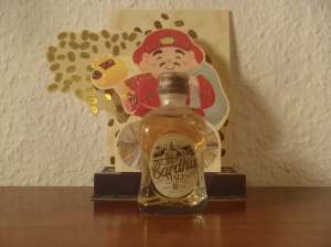 thesophisticatedcollector.wordpress.com miniautur bottle pt 5 Johnny Walker