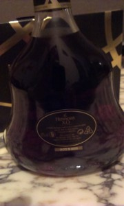 thesophisticatedcollector.com Hennessy XO limited edition 2014 (8)